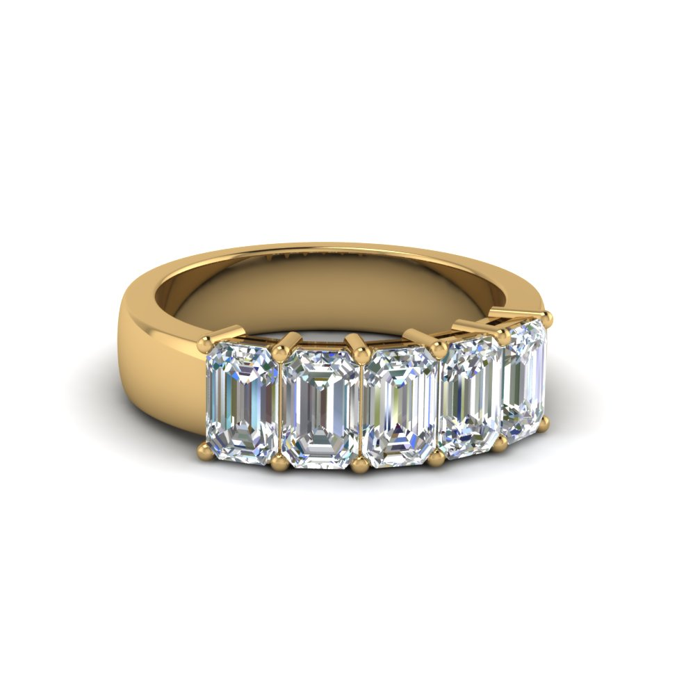 18K Yellow Gold Emerald Cut Band