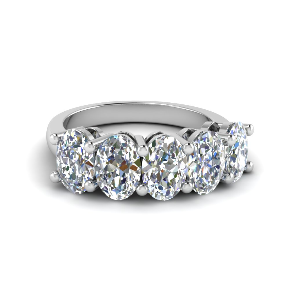 2.5 Carat Oval Diamond Band