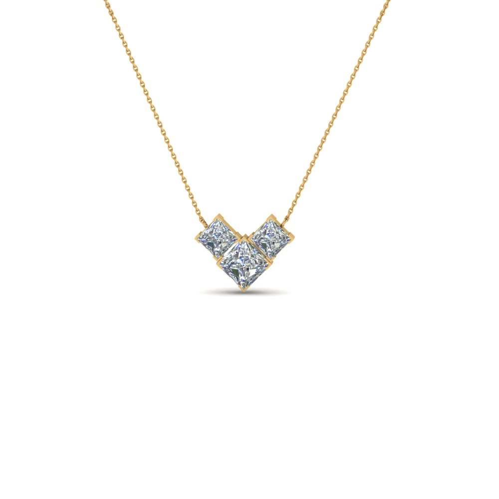 18K Yellow Gold Necklace With 3 Princess Diamond