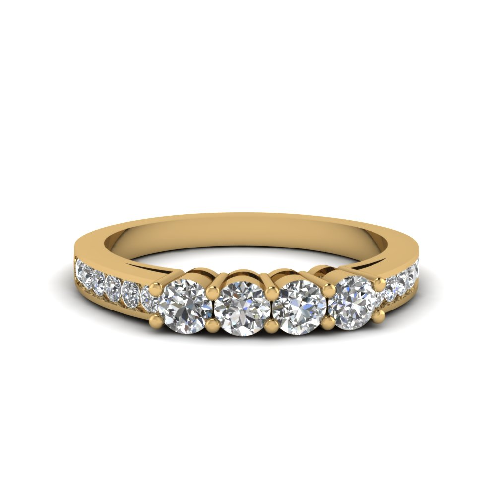 4 Round Diamond Accent Band