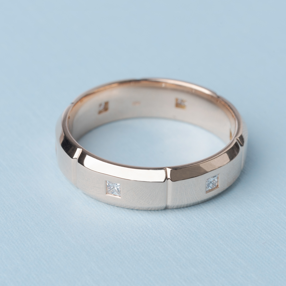Diamond Wedding Band With Men