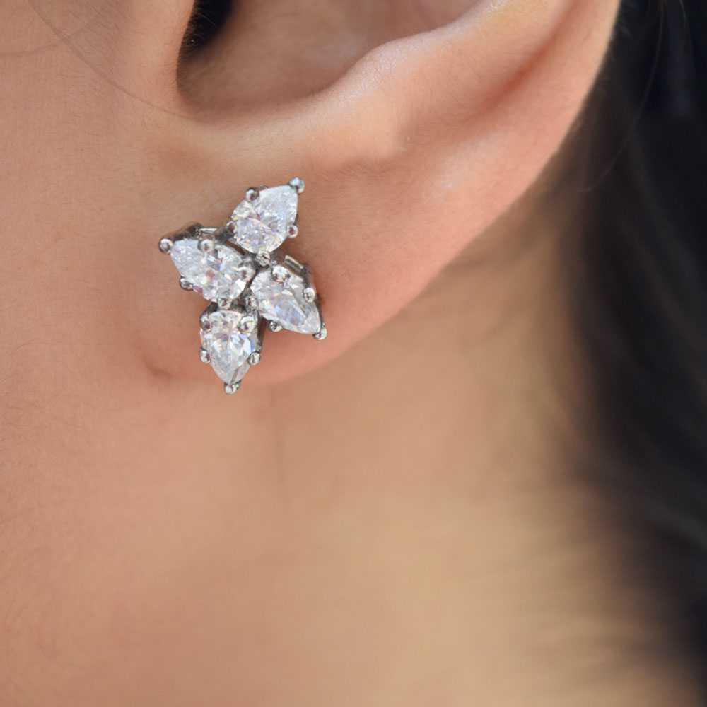 cluster pear shaped diamond earring in FDEAR8546 NL WG