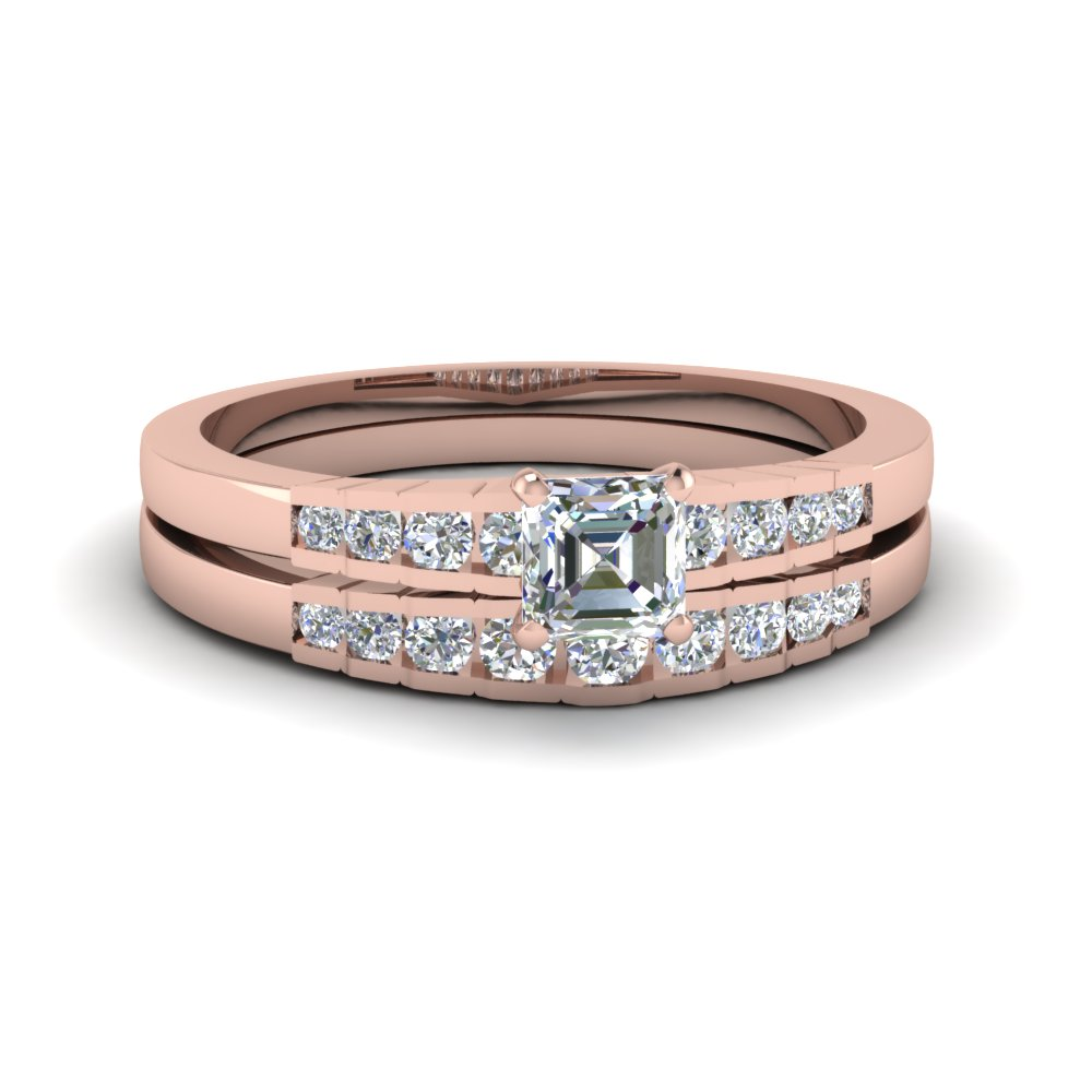 Graduated Diamond Wedding Set