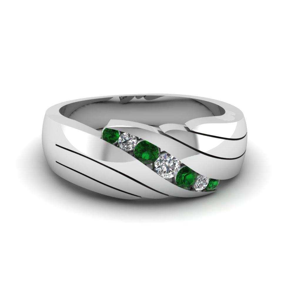 diamond emerald green and wedding princess carat engagement gallery cut luxurious rings