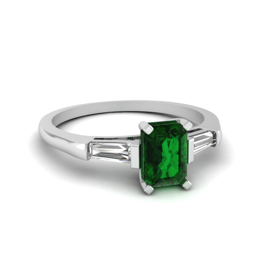3 Stone With Emerald Ring