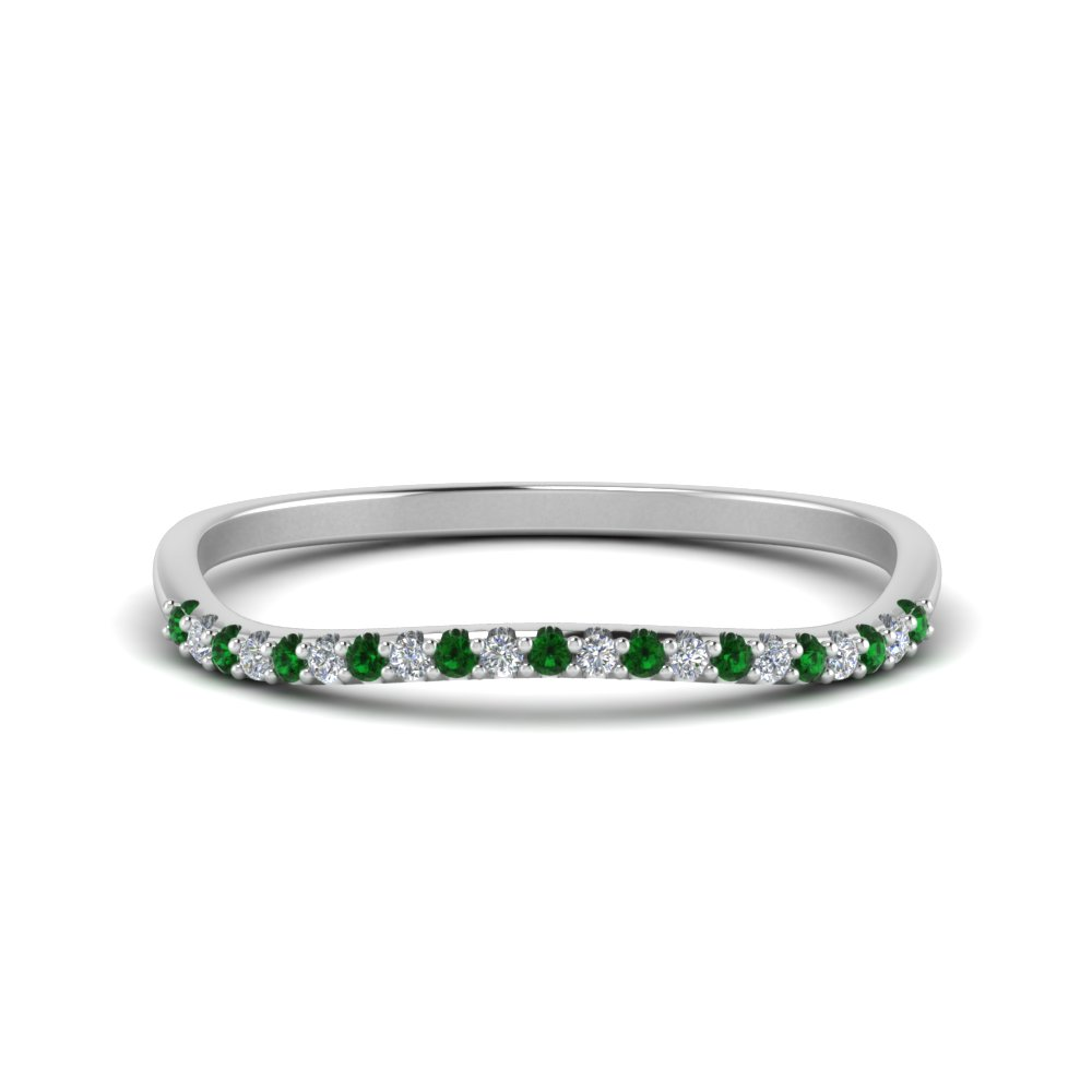 18K White Gold Emerald Curve Band