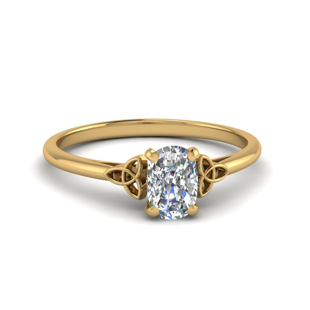 Cushion Cut Solitaire Diamond Rings