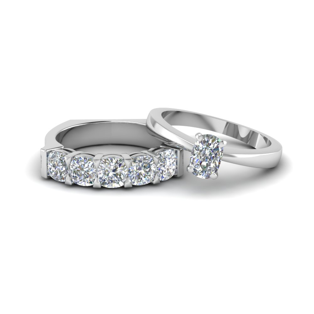Cushion Cut Diamond Solitaire Ring With Matching 5 Stone Band In 14k White Gold Fd8210b Nl