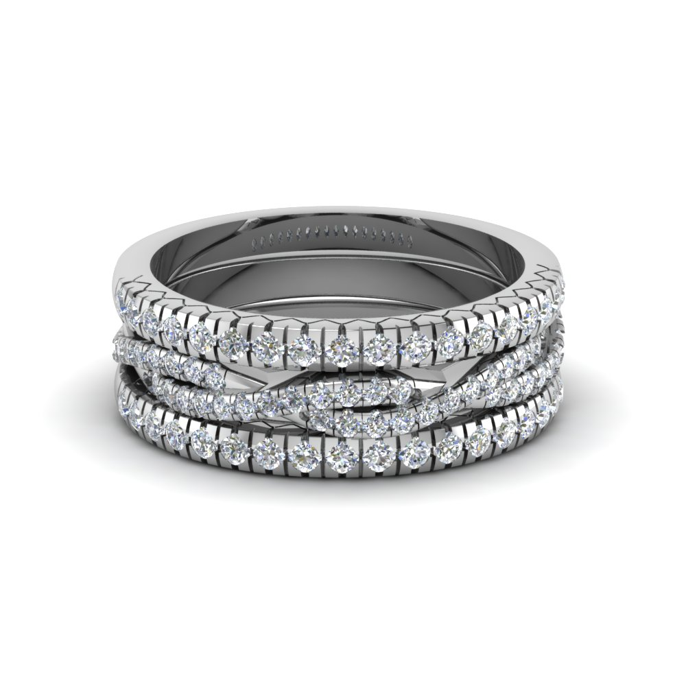 French Pave Twisted Stack Band