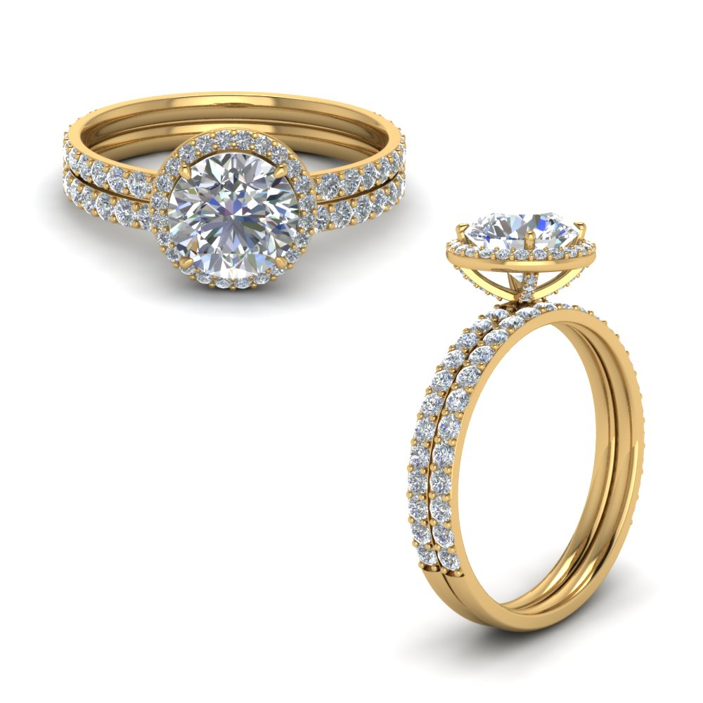 Round Halo Wedding Ring Set