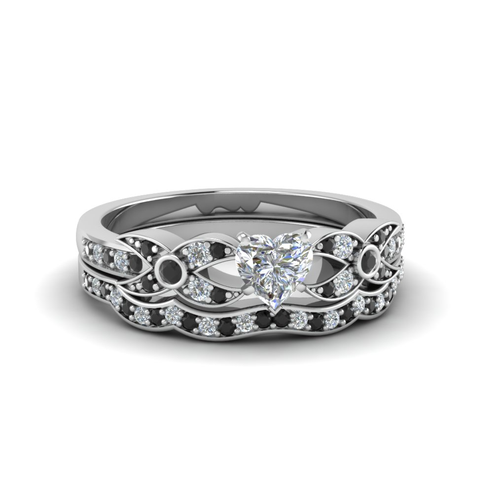 Heart Shaped Flower Pave Wedding Ring Set With Black