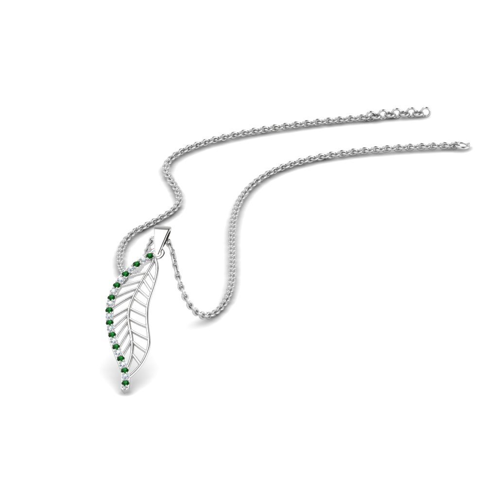 Delicate Leaf Design Green Pendant Necklace