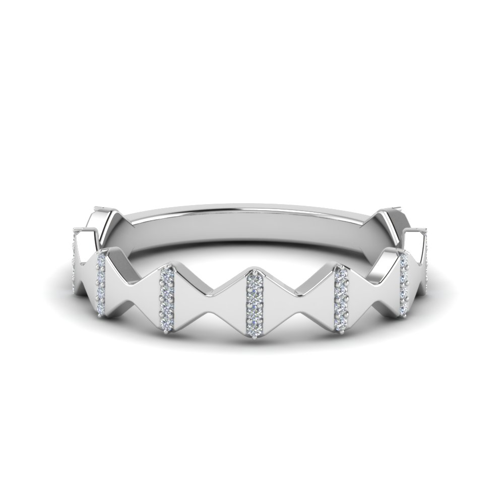Modern zigzag band with diamonds in platinum