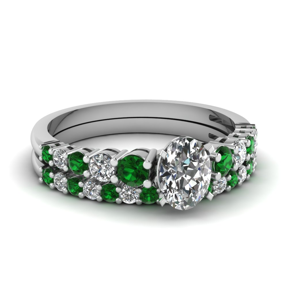 Graduated Oval Diamond Wedding Ring Set With Emerald In Fdens3056ovgemgr Nl Wg