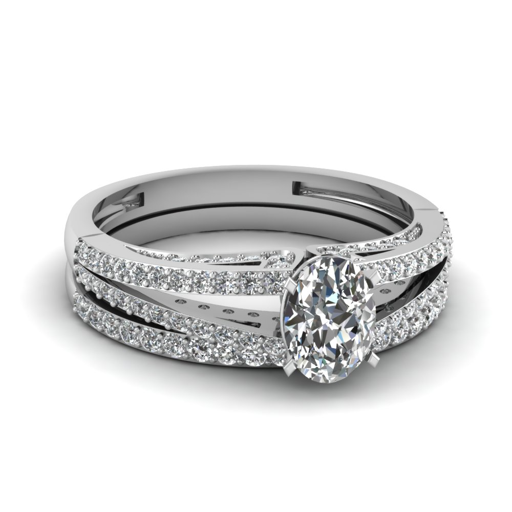 Split Oval Diamond Wedding Ring Set In 14K White Gold | Fascinating ...