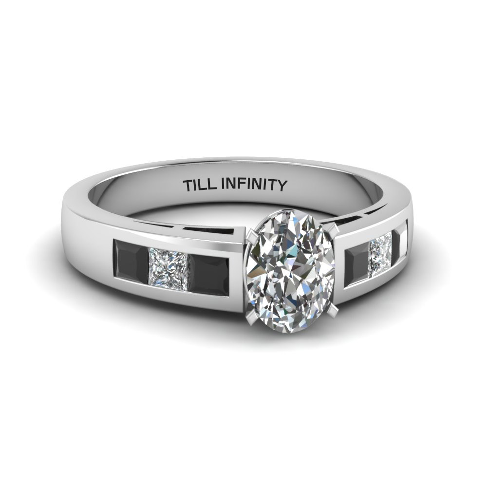Oval Diamond Engraved Ring