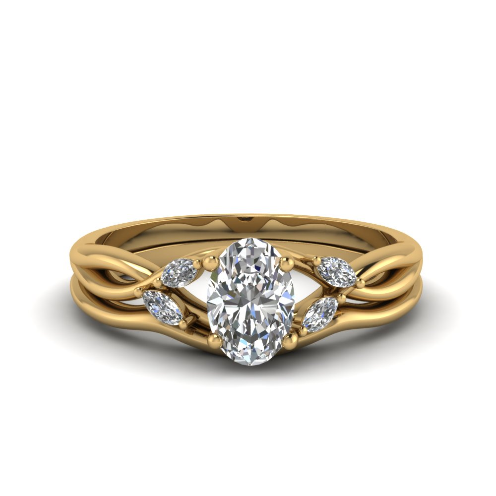 oval shaped twisted diamond engagement ring with matching curved band in FD8300OV NL YG