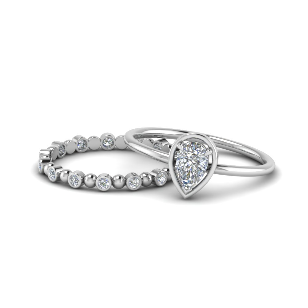 Pear Petite Diamond Wedding Set