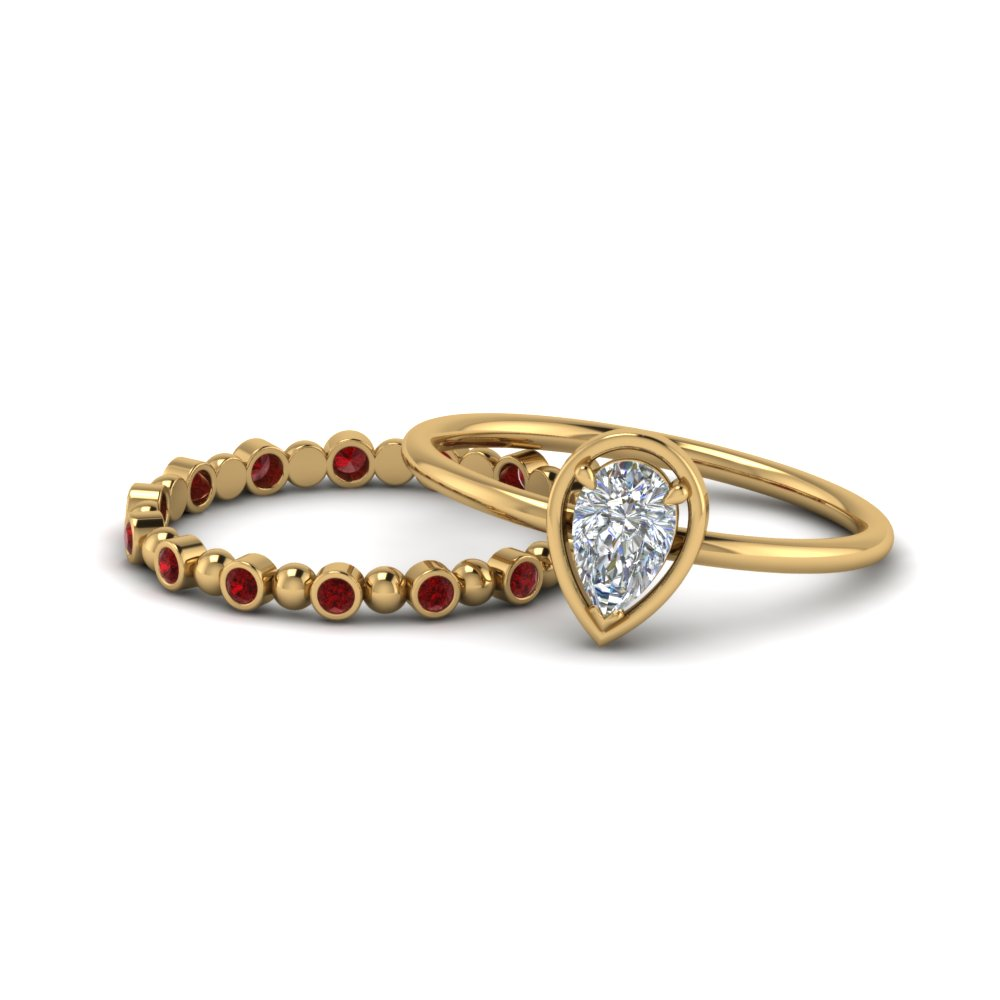 pear-petite-ruby-wedding-ring-set-in-FD9089GRUDR-NL-YG-GS