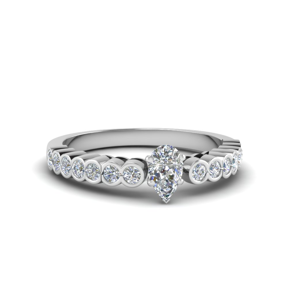 Popular Pear Shaped Diamond Rings
