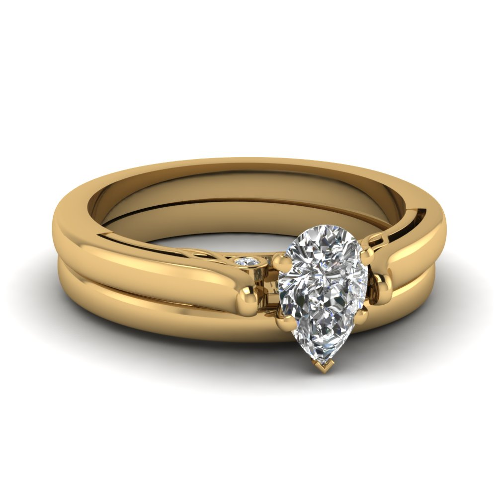 14K Yellow Gold Pear Shaped Wedding Sets Engagement Rings