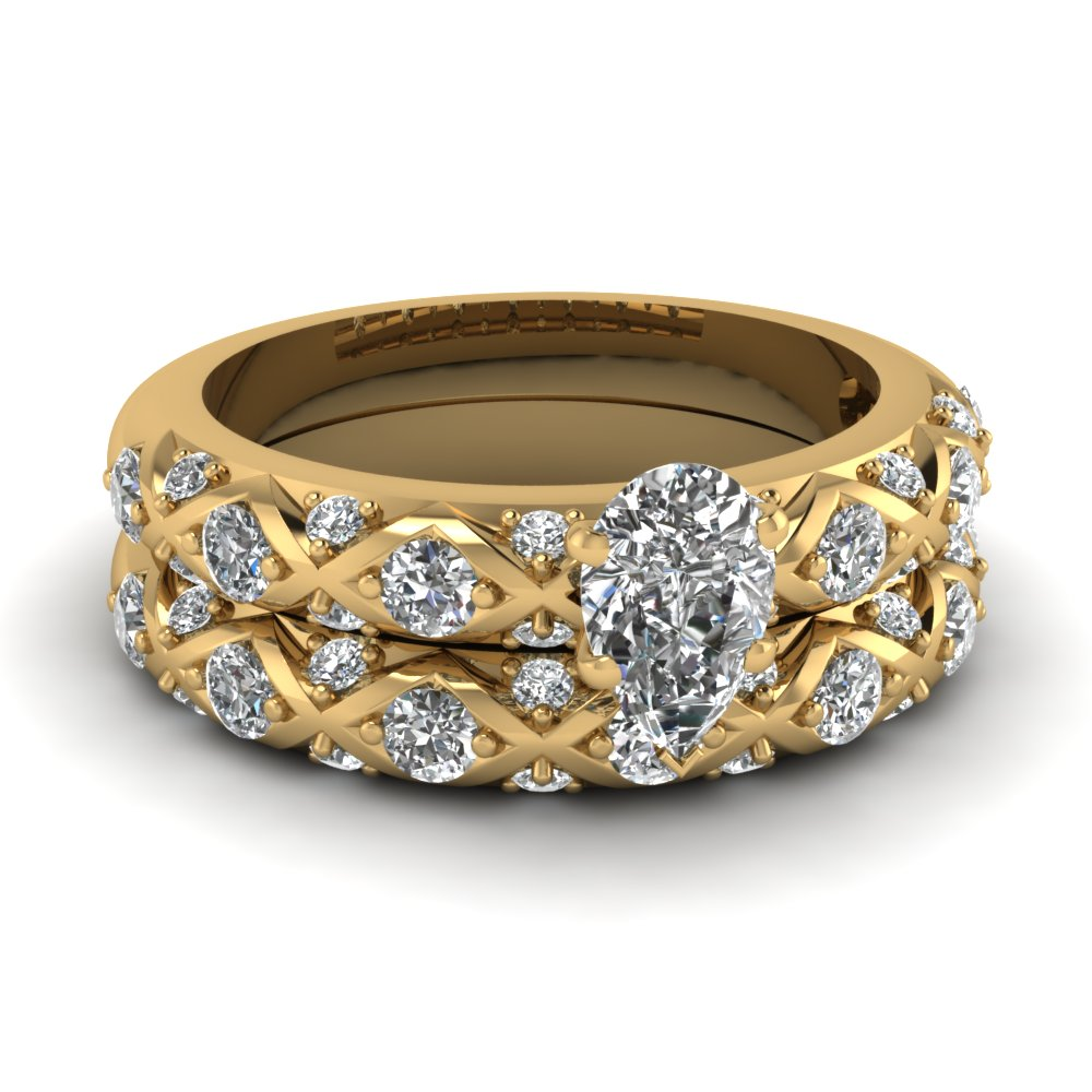 Pear Shaped Diamond Wedding Ring Sets In 18K Yellow Gold