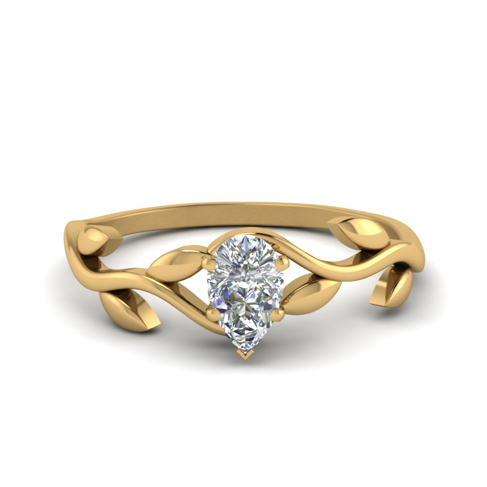 Pear Diamond Rings