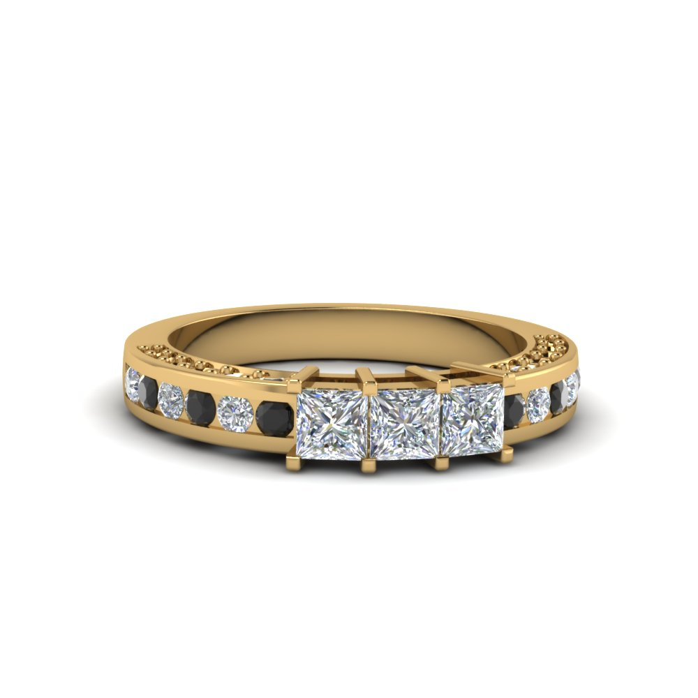 Black Diamond Band In 18K Gold