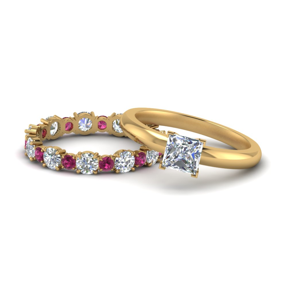 classic-princess-cut-moissanite-solitaire-with-pink-sapphire-eternity band-set-in-FD9113PRGSADRPI-NL-YG