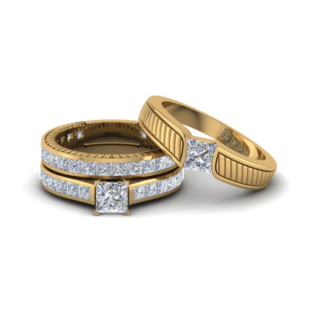 Engraved Trio Diamond Wedding Set