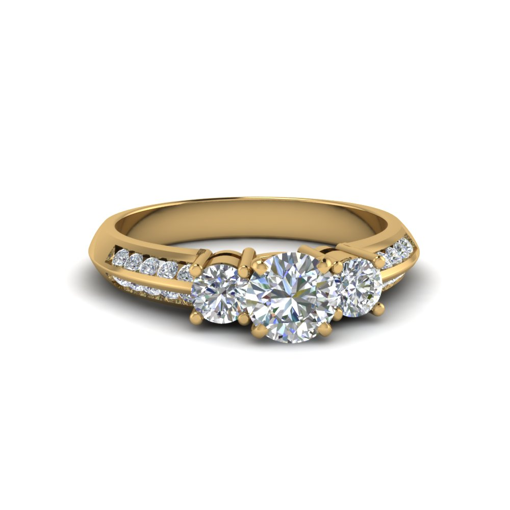 3 Stone Round Diamond Rings