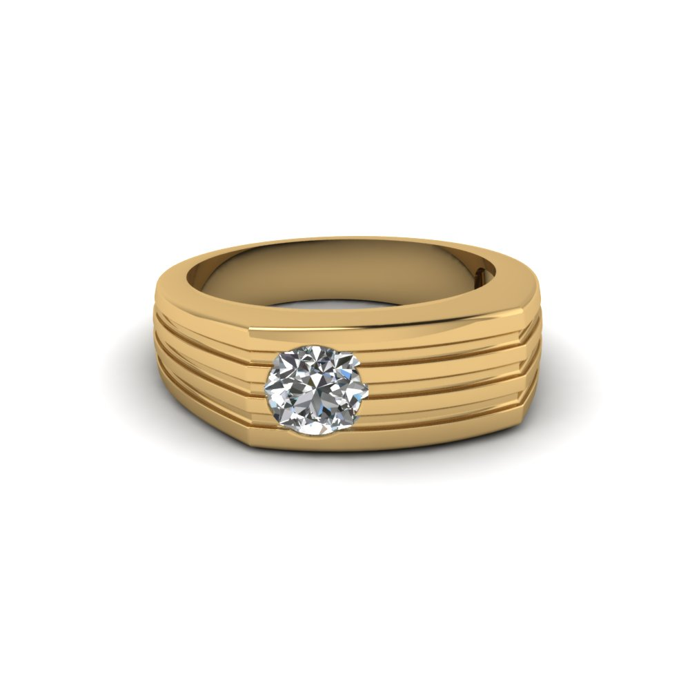 Round Cut Bezel Set Solitare Diamond Ring