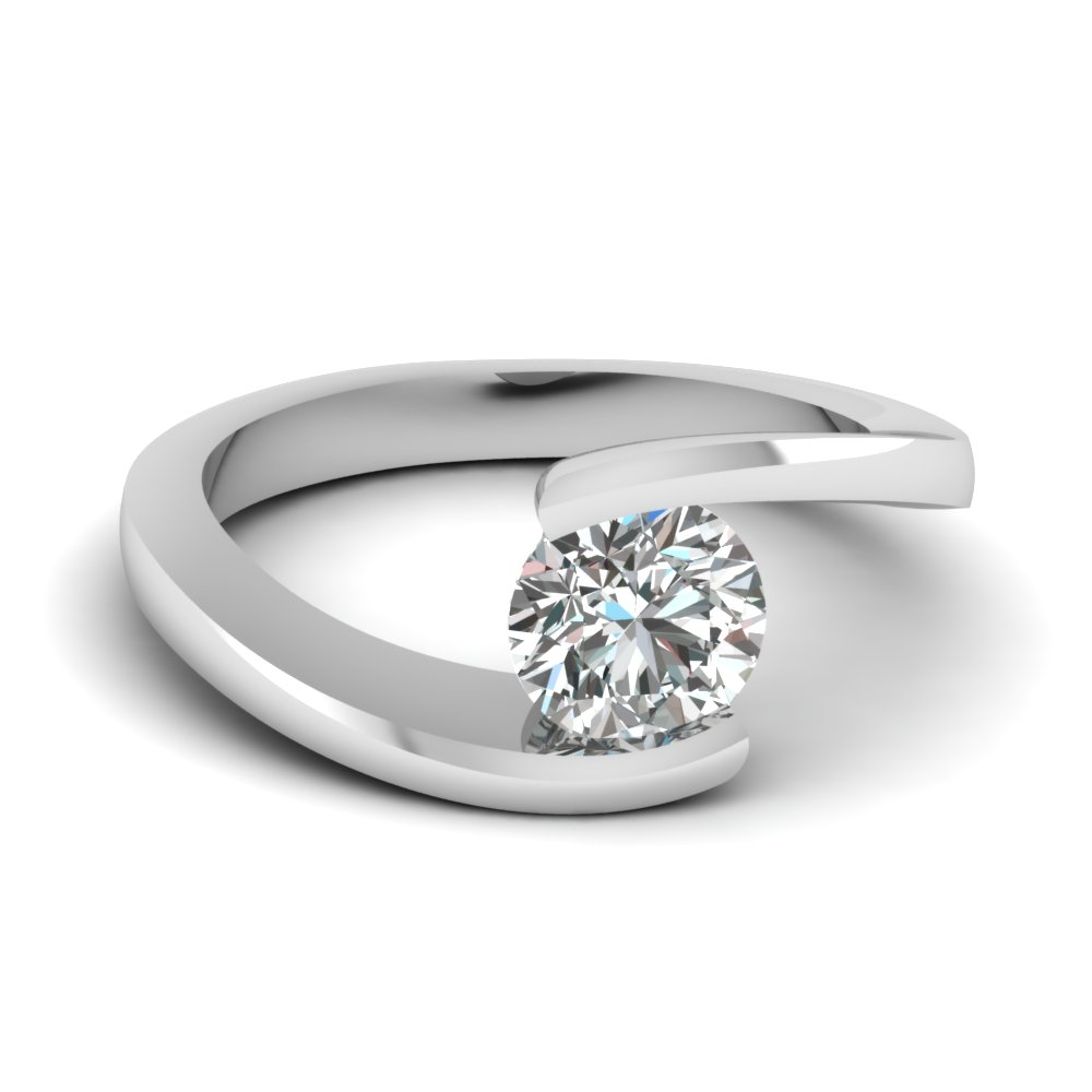 Round Cut Diamond Solitaire Engagement Rings In 18k White Gold