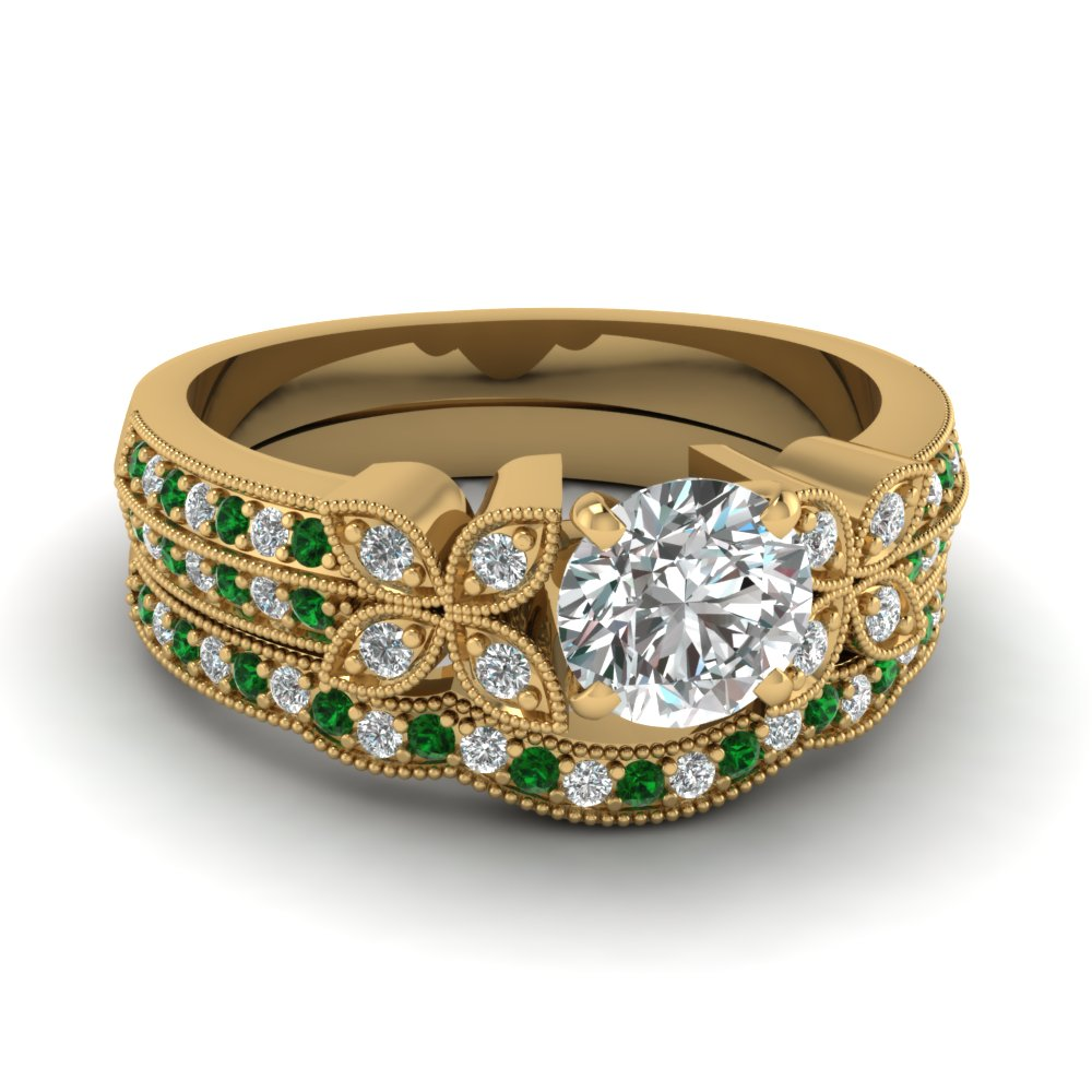 round-cut-diamond-milgrain-petal-wedding-set-with-green-emerald-in-18K-yellow-gold-FDENS3308ROGEMGR-NL-YG