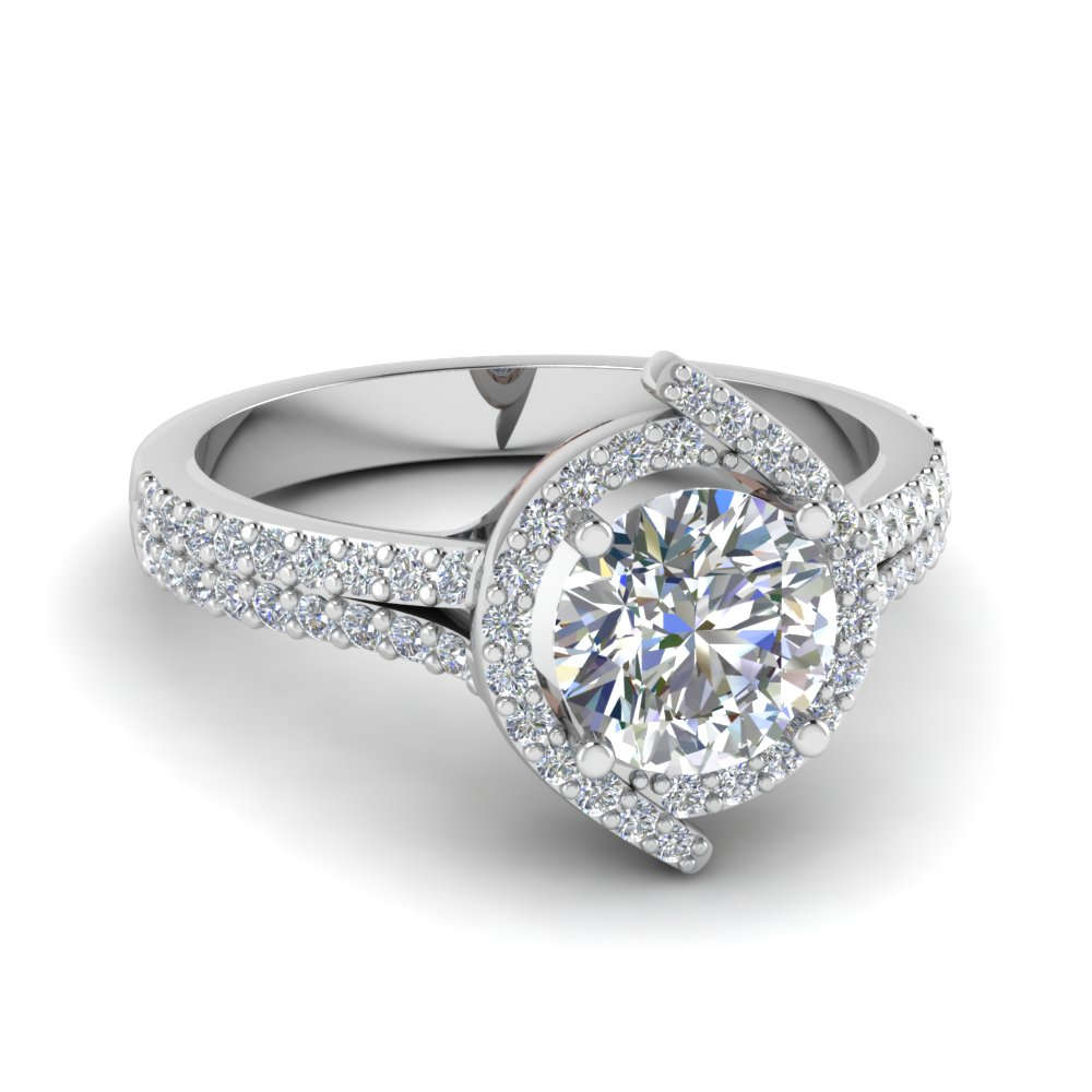 Beautiful Round Halo Diamond Ring