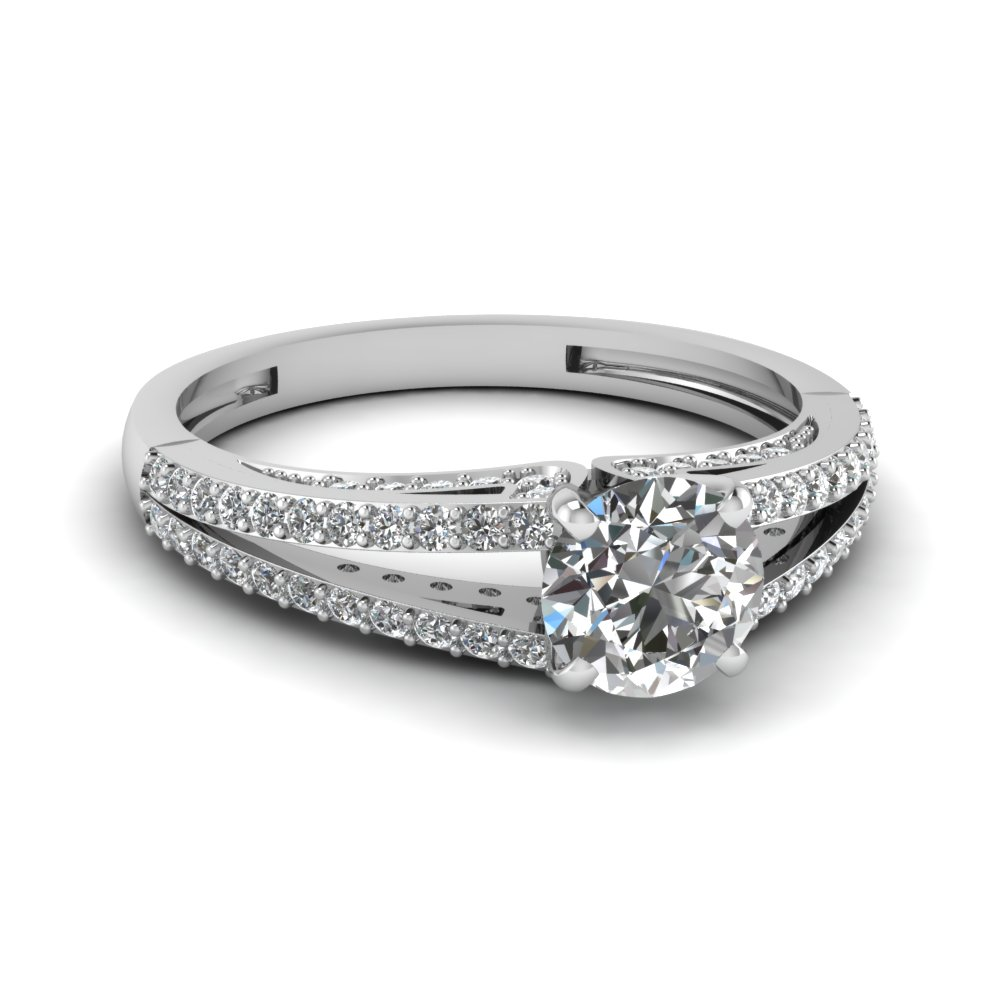 Platinum Engagement Ring With Round Cut Diamondin Split Shank