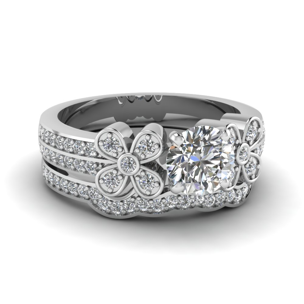 Daisy Pave Diamond Wedding Set