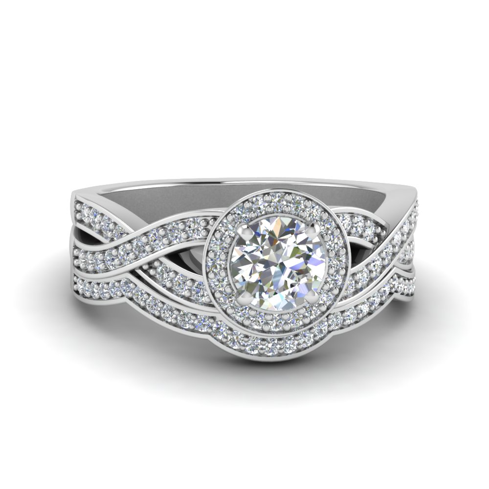 Round Cut Diamond Vintage Intertwined Circle Engagement