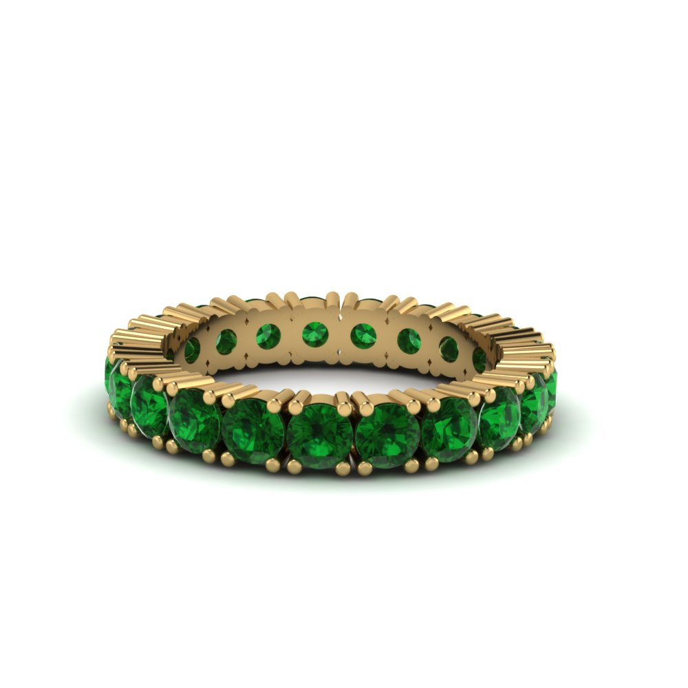Shaped Prong Emerald Band