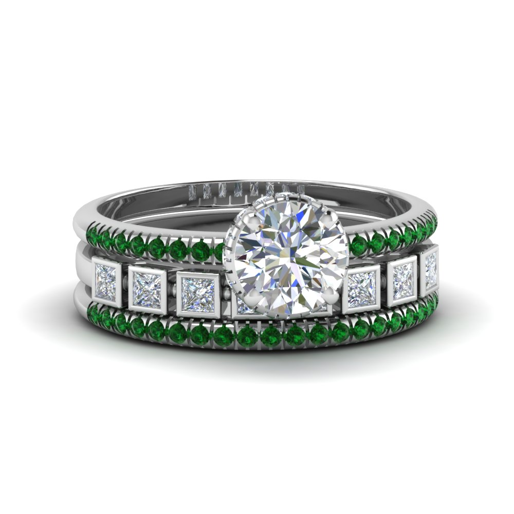 Round Emerald Trio Wedding Set