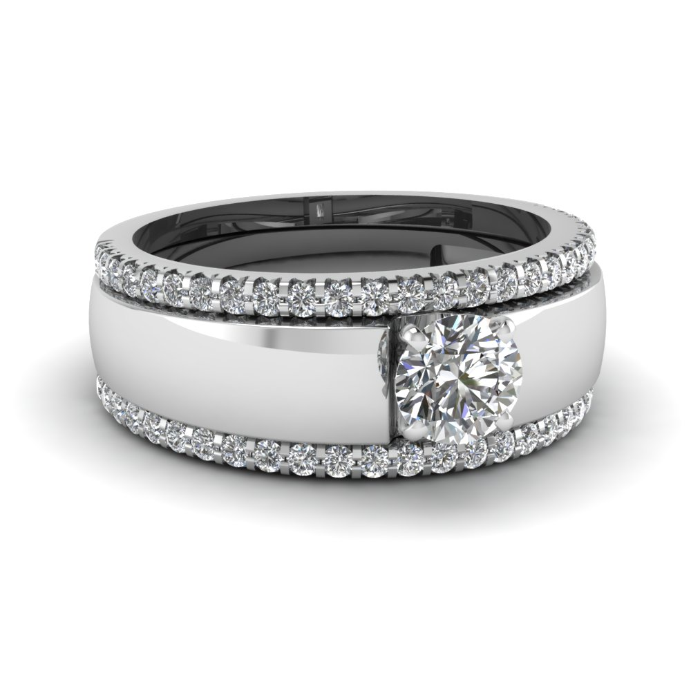 Round Cut diamond Trio Wedding Ring Set