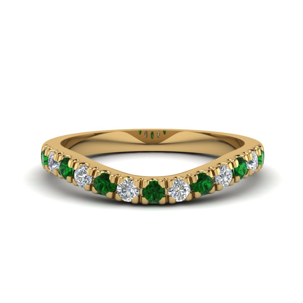 u prong diamond contour wedding band with emerald in FDENS1218BGEMGR NL YG.jpg