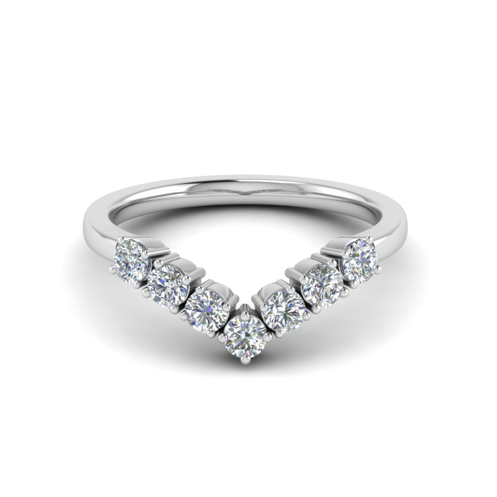 V Design 7 Diamond Wedding Band