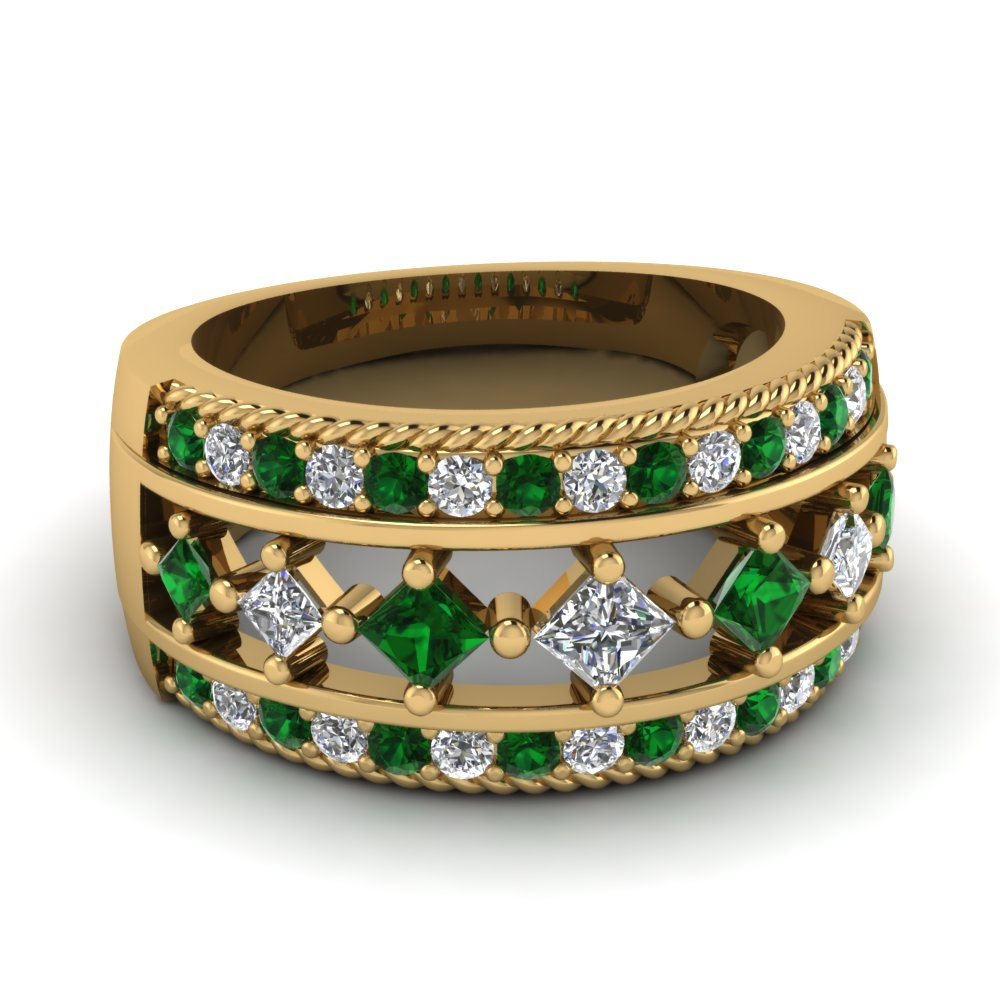 Princess Cut Diamond And Emerald Yellow Gold Vintage Wedding Band